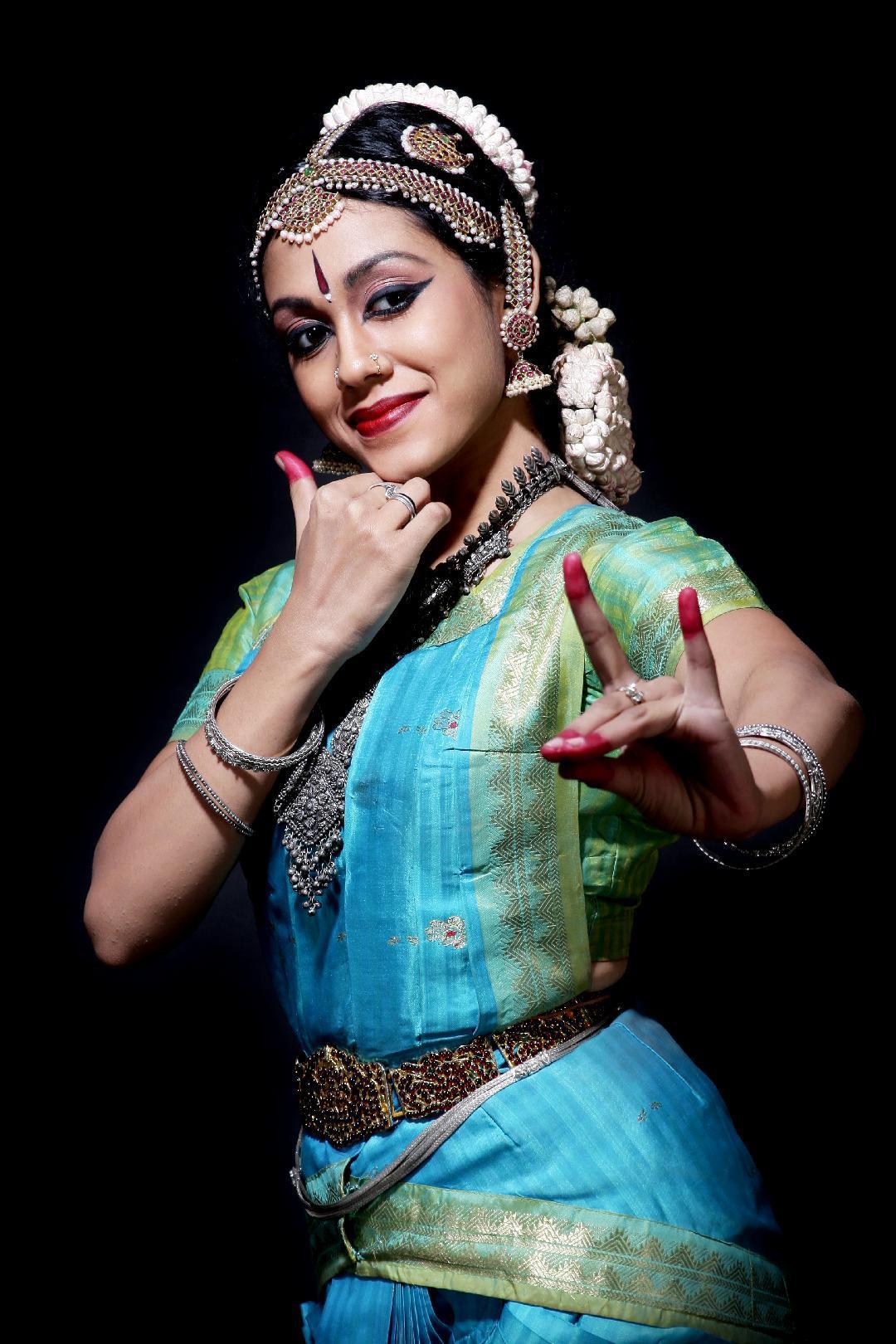 spettacolo danza indiana Shweta Prachande_associazione Gamaka